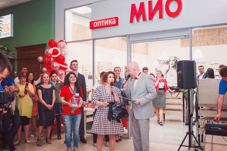 Как привлечь покупателей в магазин: делимся нашим опытом – открытие оптики МИО